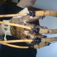 Scarecrow_glove_1_big_thumb