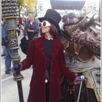 Willy_wonka_cosplay_johnny_depp_tim_burton_lucca_comics_dreams_traders_big_thumb