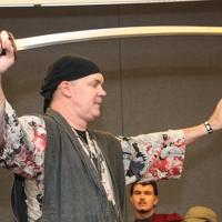11   samurai dan big thumb