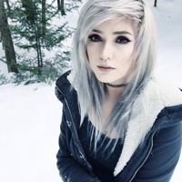 White hair yas big thumb